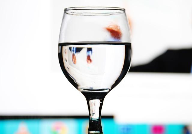 empezar el dia bebiendo agua